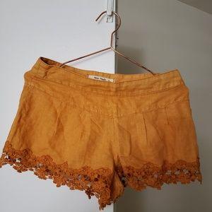 Free People 0 Tumeric Lace-Trim Shorts